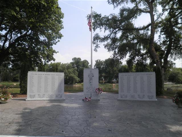 Civic Monument 44