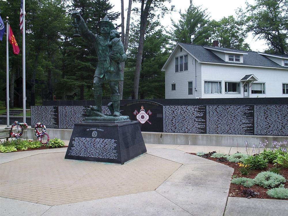 Civic Monument 46